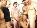 Awesome group sex action video Accesso al filmato tramite SMS